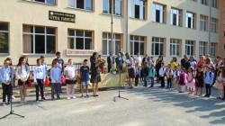 """Песни, стихове и ведро настроение на 15-ти септември в ОУ """"Отец Паисий"""" – с. Врачеш"""