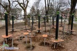 До края на годината ще бъдат монтирани съоръженията на двете детски площадки в парка