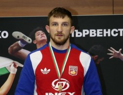 Йоан Димитров републикански шампион по борба