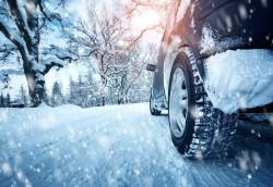 АПИ: Утре се очакват валежи от сняг. Шофьорите да карат внимателно и подготвени за зимни условия