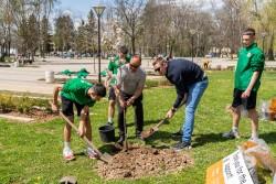 """Децата от школата на """"Балкан"""" отбелязаха Деня на Земята"""