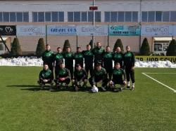 С 10 души Балкан с ново 3-3 като гост на челник