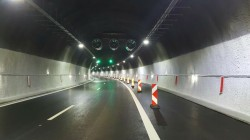 """От 0 до 5 часа тази нощ ще бъде ограничено движението от 35-ти до 30-ти км на АМ """"Хемус"""" в посока София"""