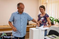 Своят вот даде и председателят на ОбС Ботевград