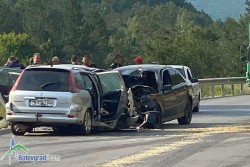 Почина шофьорът, предизвикал катастрофата между Ребърково и Лютидол вчера