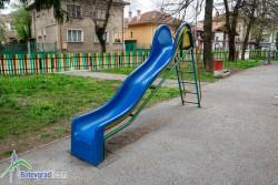 Общината ще направи преглед на детските площадки, опасните ще бъдат премахнати