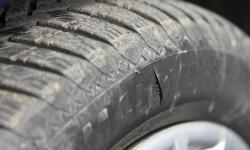 """29-годишен от Литаково потроши и наряза гумите на """"Ауди А4"""""""
