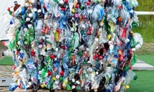 Нова наредба предвижда задължение за влагане на 30% рециклирана суровина в съдовете за напитки