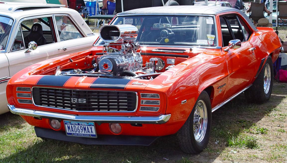 http://botevgrad.com/uploads/fun/0/2043/s1_1969-Chevrolet-Camaro-RS-ro-ps-h-sy.jpg