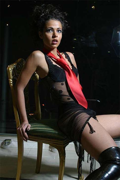 актриса джеймс бонд казино рояль