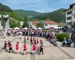Моменти от Фестивала на чипровския килим