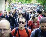 Хиляди почетоха Боян Петров с поход по тренировъчния му маршрут до Копитото